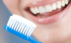 5 lời giải để giữ răng chắc khỏe và trắng sáng từ các chuyên gia