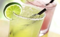 6 Loại thức uống giúp thanh lọc cơ thể và giúp ngủ ngon