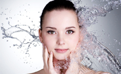 Bật mí một vài điều nên biết khi rửa mặt