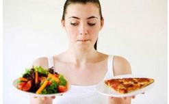 Để tránh đau dạ dày, không ăn những thực phẩm này khi đói