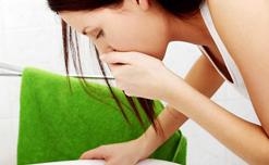 Mẹo vặt giúp giảm tình trạng buồn nôn và ói mửa hiệu quả tại nhà