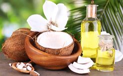 Ngăn ngừa rụng tóc hiệu quả bằng 5 loại tinh dầu thảo dược thiên nhiên