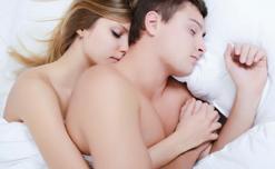 Ngủ nude có thực sự giúp ích cho cơ thể hay không?