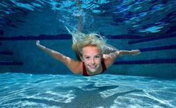 Những lợi ích khó tin từ bơi lội mang lại cho sức khoẻ