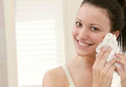Cách trị mụn cám vùng mũi hiệu quả ?